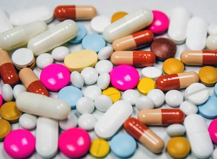 lekarstwa apteki ciekawostki humor farmaceuci aptekarze